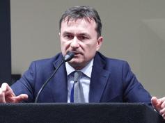 Romani a Milano per il convegno su nuova impresa, nuovo sistema banche