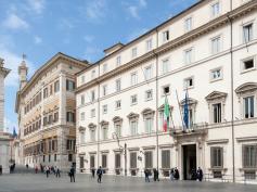 Su Veneto Banca e Popolare Vicenza il Governo non accetti ricatti dall'Europa