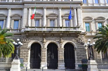Banca d'Italia, i cantieri aperti e l'economia cuore della democrazia
