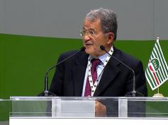 """Congresso Cisl, Prodi, """"senza sindacato non c'è centralità del lavoro"""""""