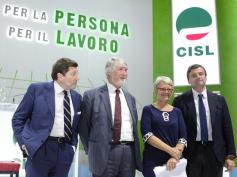 """Congresso Cisl, Furlan a Calenda e Poletti, """"industria 4.0, noi ci siamo"""""""