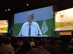 """Congresso Cisl, Gentiloni, """"riduzione del cuneo fiscale per i giovani"""""""