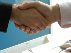 Assicurativi, Cattolica, firmato l'accordo per il fondo di solidarietà