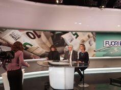 AdessoBanca!, Maurizio Arena presenta il manifesto a Fuoritg su Rai 3
