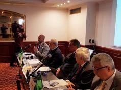 Banche, Ccnl, Colombani, applicare le norme a tutti i soggetti vigilati