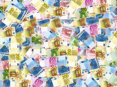 Nuove banconote da 100 e 200 euro, più difficile la falsificazione