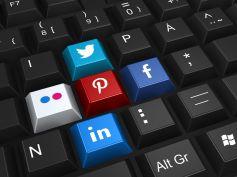5 motivi per cui potresti perdere il lavoro, utilizzo chat e social network